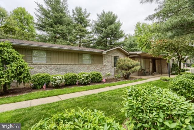 5 PARK ROAD, WYOMISSING, PA 19609