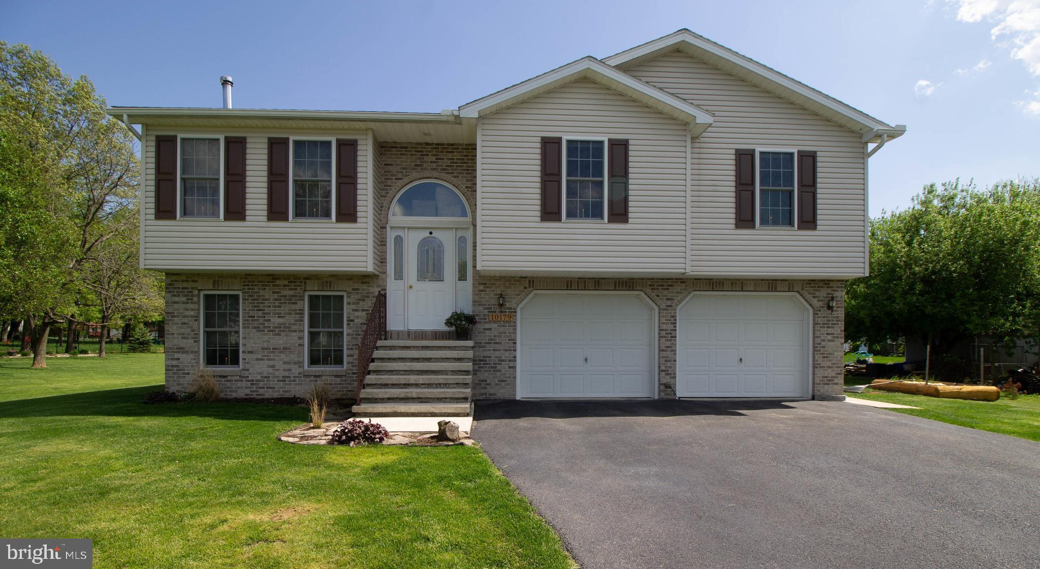 10179 BLUE JAY CIRCLE, ORRSTOWN, PA 17244