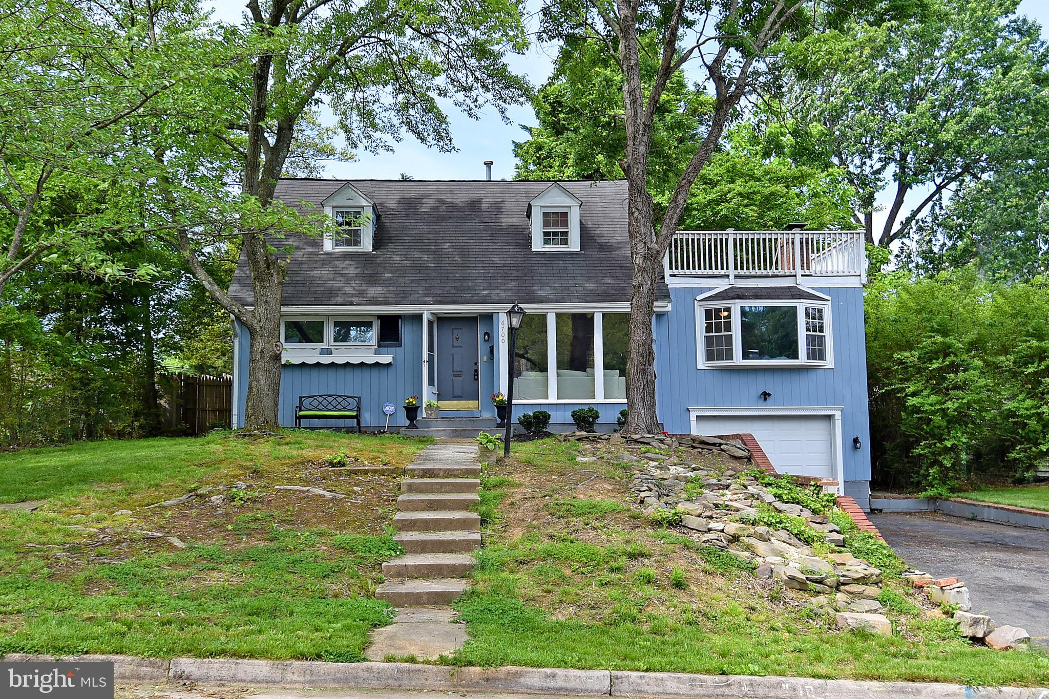 4 BEDROOMS 2 FULL BATH CAPE COD! HOME ALSO FEATURES UPDATED KITCHEN(Granite Counters), POOL, BUMPOUT,NEWER GARAGE DOOR, AND MUCH MORE! SELLER IN THE PROCESS OF MOVING STUFF OUT. CANNOT BEAT THE LOCATION!