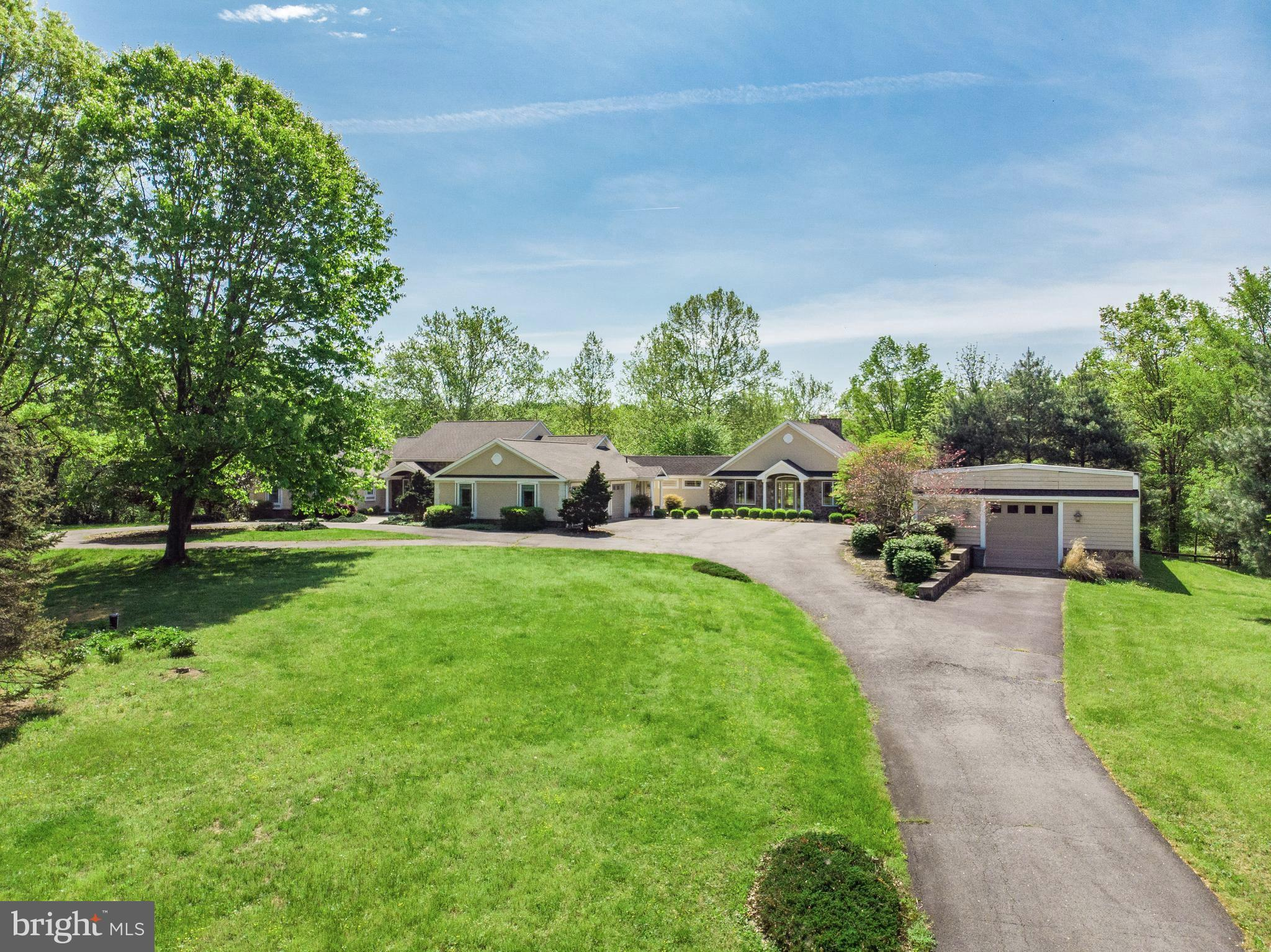 8887 WOODWARD ROAD, MARSHALL, VA 20115