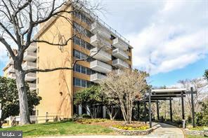 2030 N Adams St #1405, Arlington, VA 22201