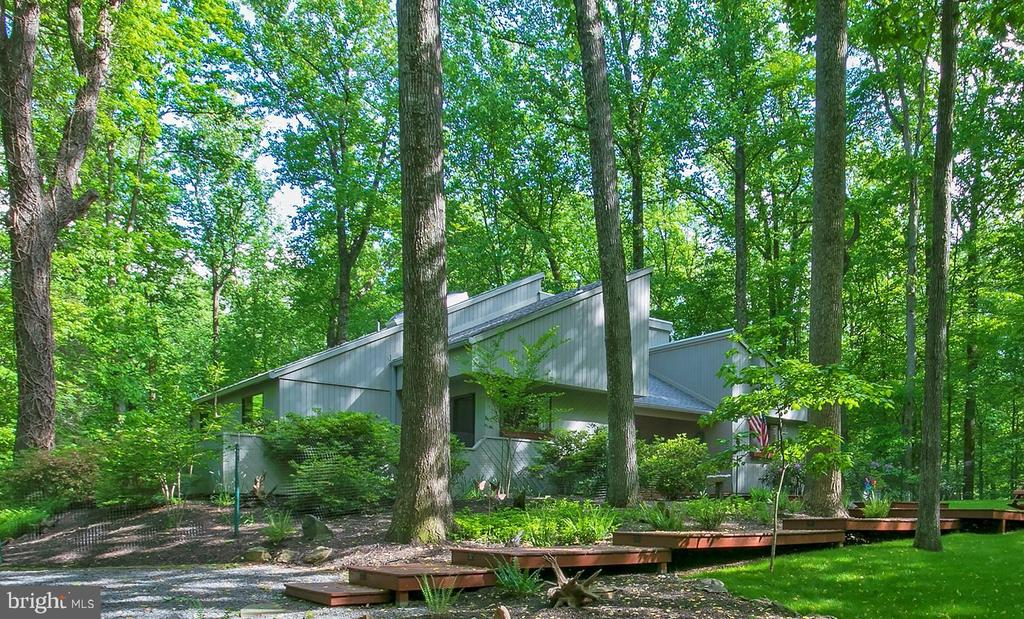 9205 Potomac Ridge Rd