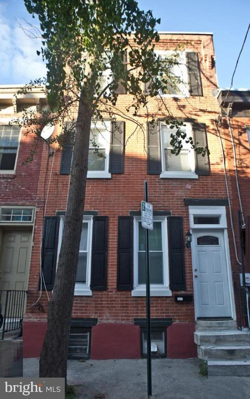1835 Webster Street Philadelphia, PA 19146