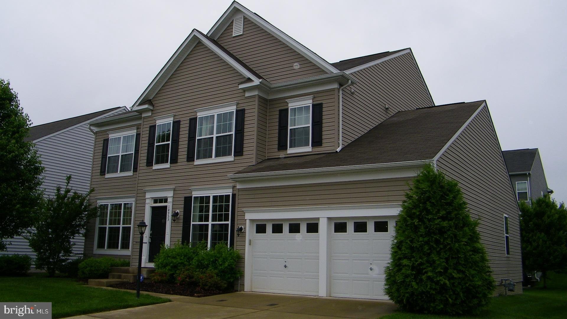 5 B/R!!MAIN LEVEL B/R WITH ATTACHED FULL BATH !4 SPACIOUS BEDROOMS UPPER LEVEL & LIBRARY ON MAIN LEVEL ! GOURMET KITCHEN WITH CENTER ISLAND, GRANITE & UPGRADED CABINETS !UPGRADED HARDWOODS ON MAIN LEVEL ! LARGE FAMILY ROOM OF THE KITCHEN!WALK-IN CLOSETS IN BR'S, UPSTAIRS LAUNDRY! WALK UP BASEMENT!