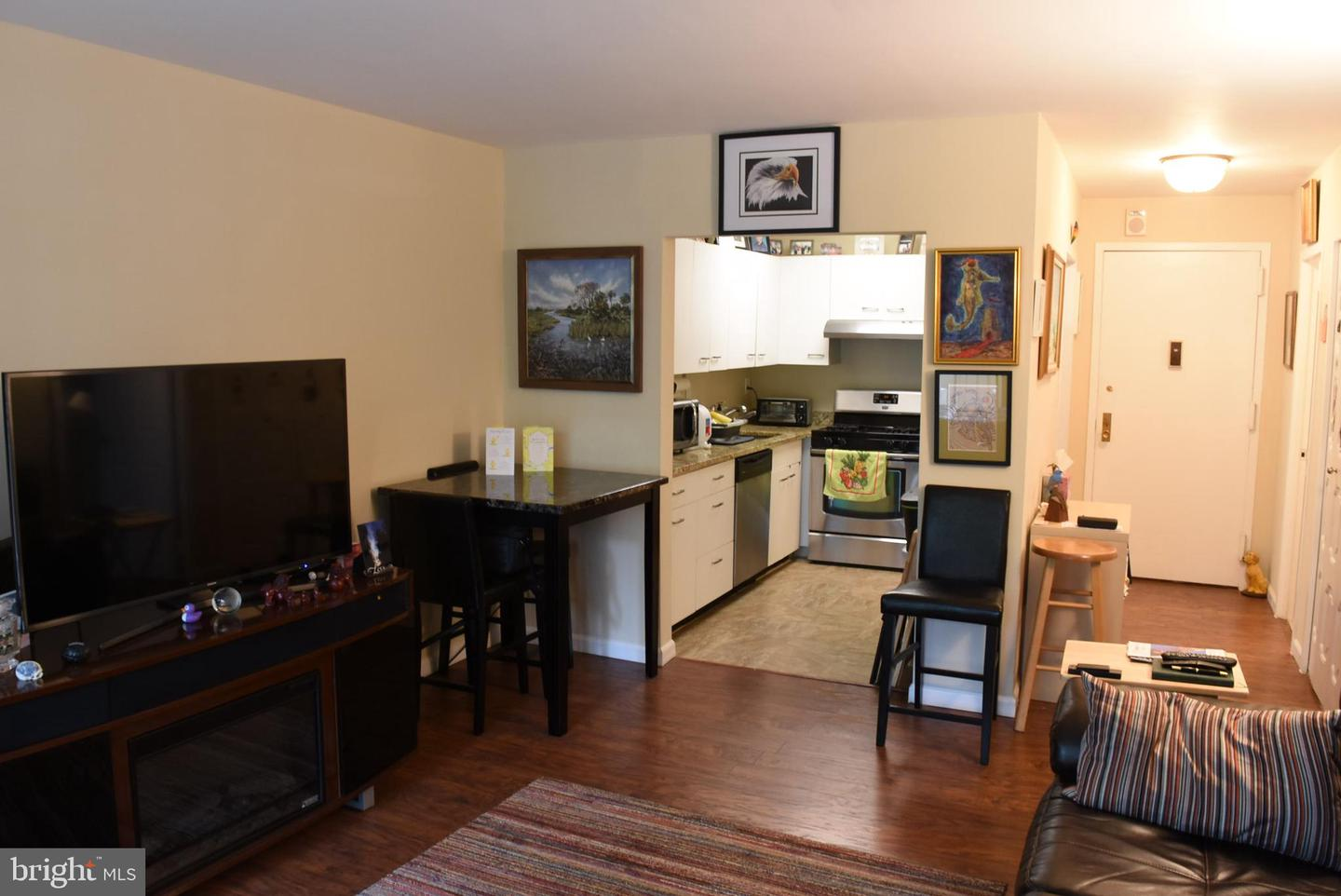 5225 Pooks Hill Rd #207n Bethesda MD 20814