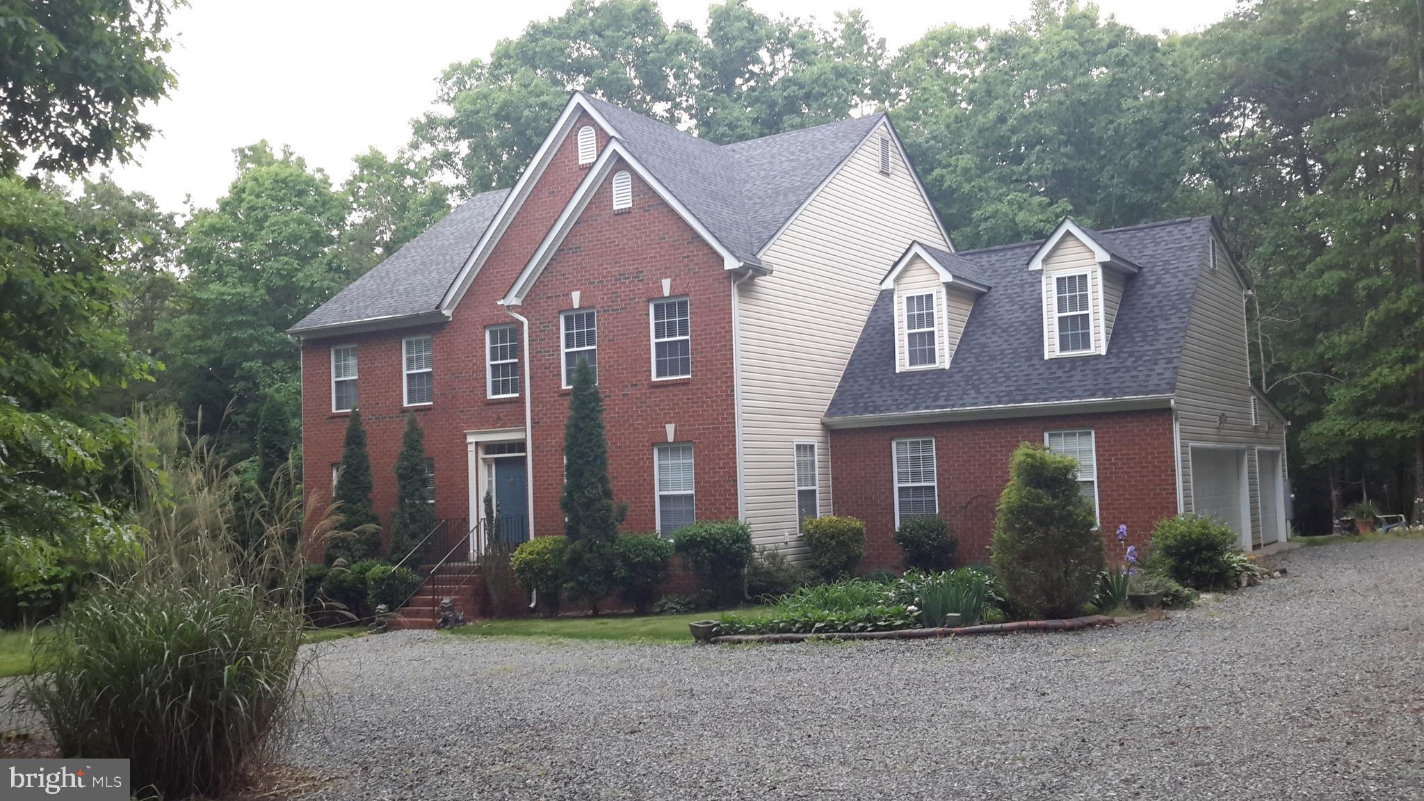 1386 LAKESIDE DRIVE, LOUISA, VA 23093