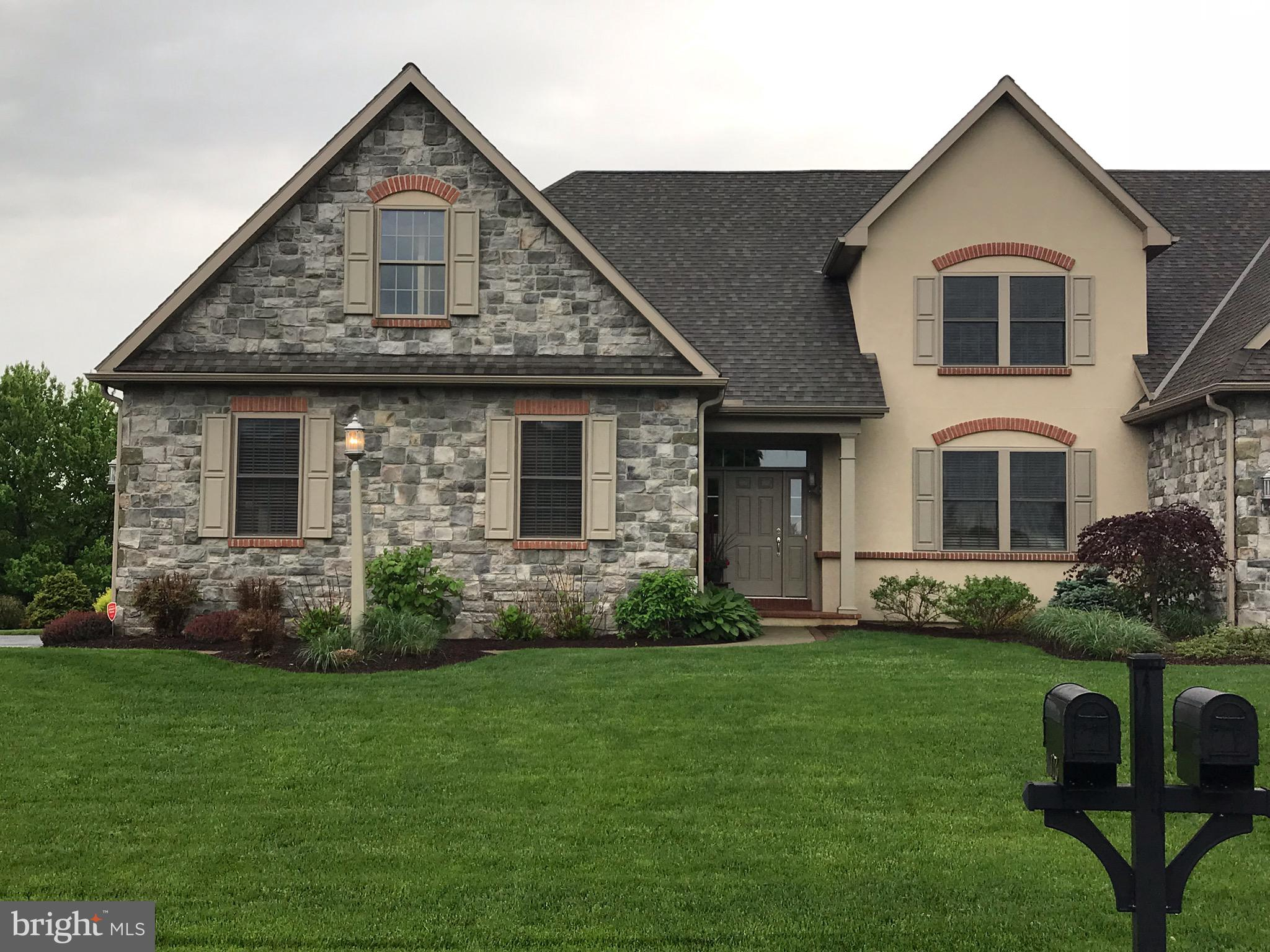 176 N TANGLEWOOD DRIVE, QUARRYVILLE, PA 17566