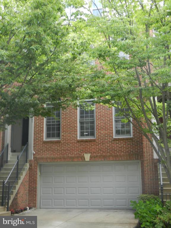 4185 LORD CULPEPER LANE, FAIRFAX, VA 22030