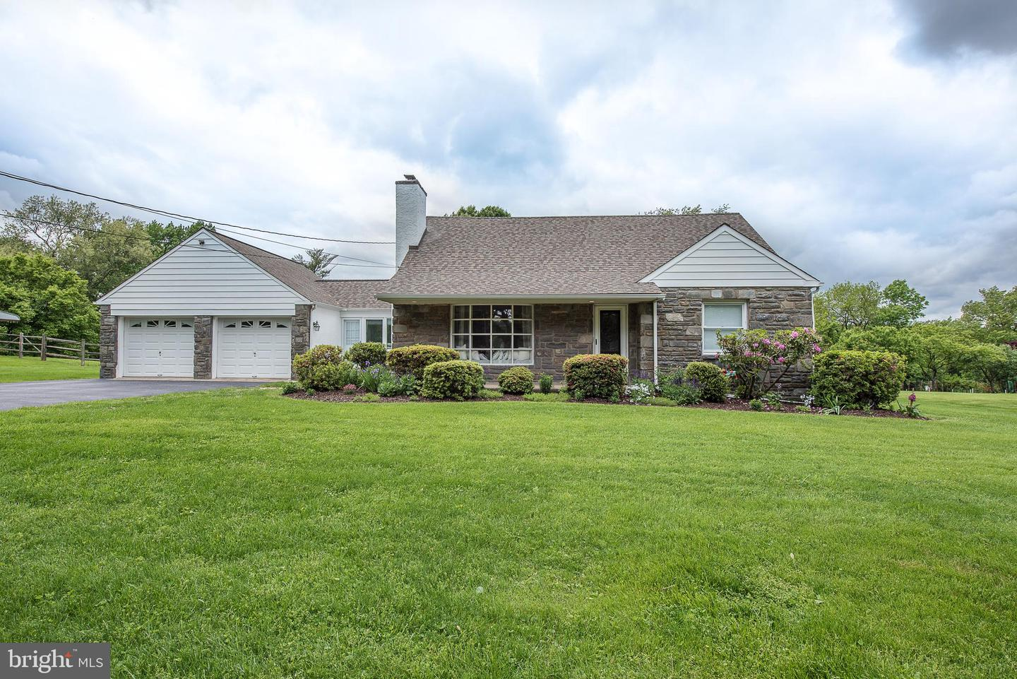 136 Ridgefield Road Newtown Square, PA 19073