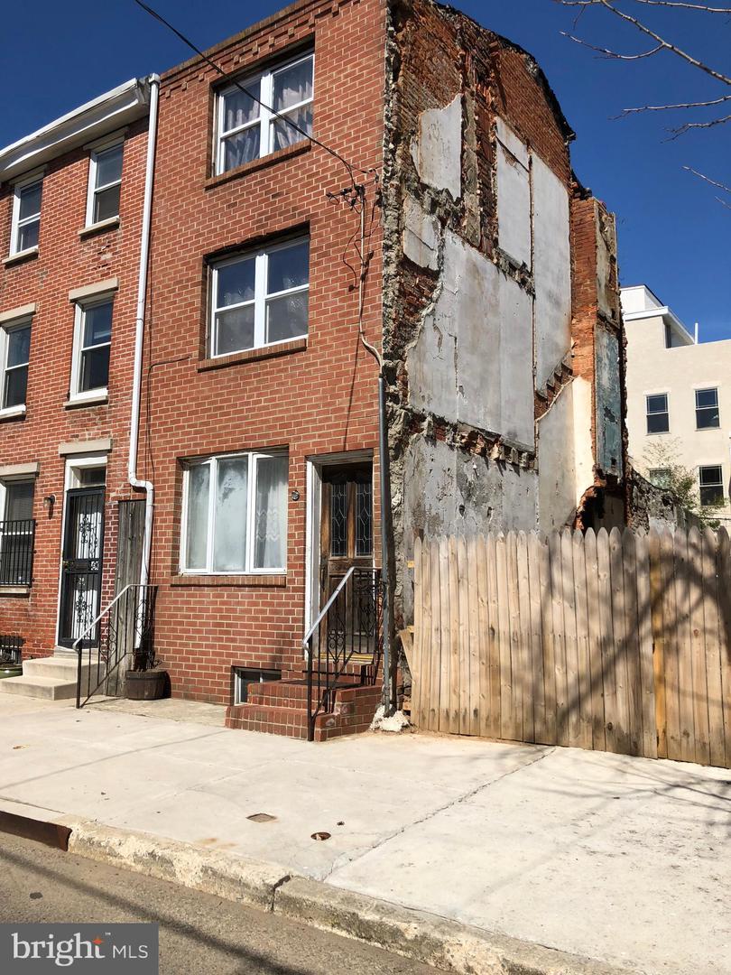 419 Manton Street Philadelphia, PA 19147