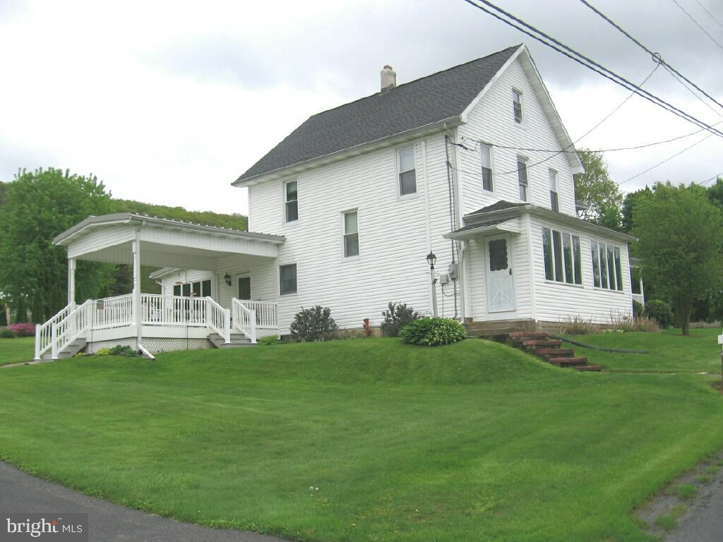 16 PATTERSONVILLE ROAD, RINGTOWN, PA 17967
