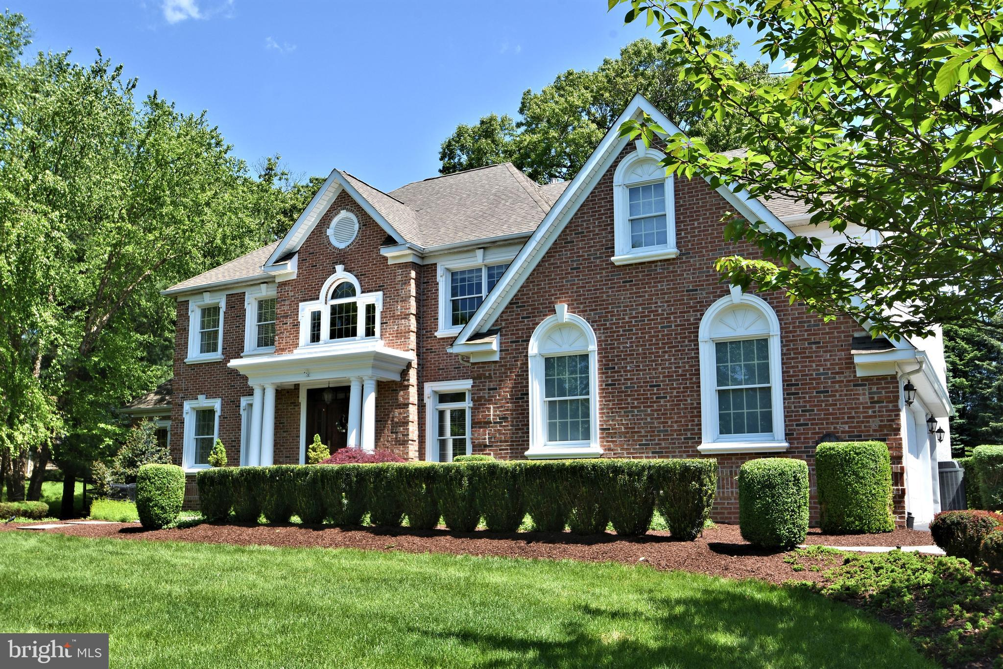 8 TALL OAKS DRIVE, UPPER HOLLAND, PA 19053