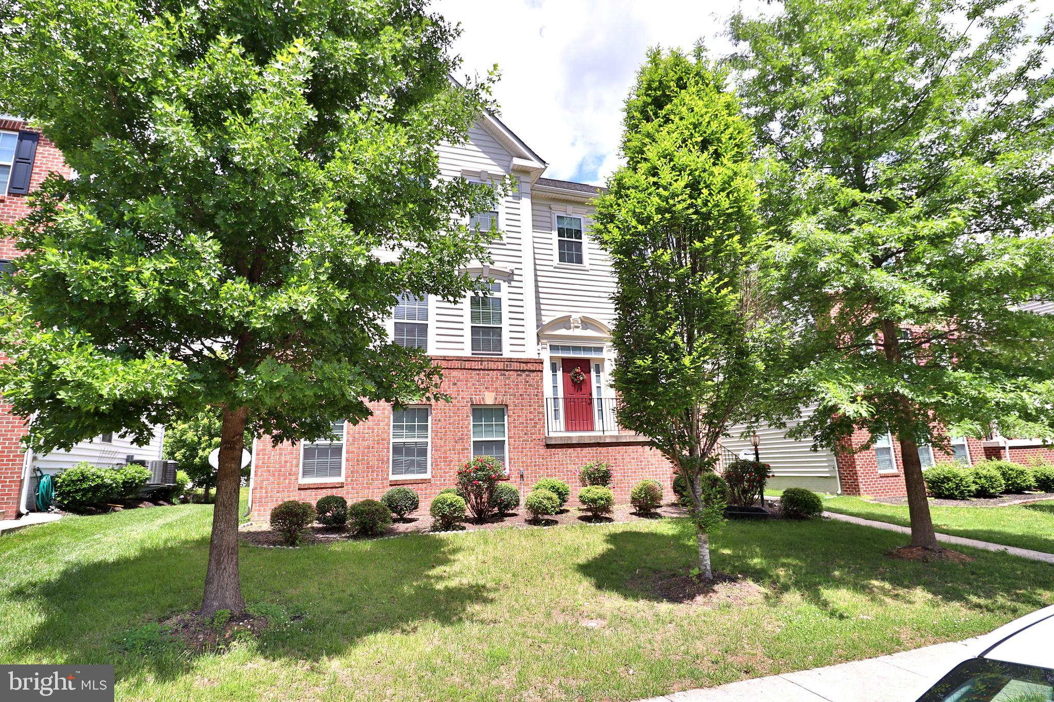Spacious 5 bedroom and 4.5 bathroom Colonial. Hardwood floor on the main level, Gourmet Kitchen, Granite counter-top, Back Splash, SS appliances, Second floor laundry,  Trey Ceiling, Master bedroom with walk in closet. Close to Shopping center. A must see home to appreciate the property and its location.