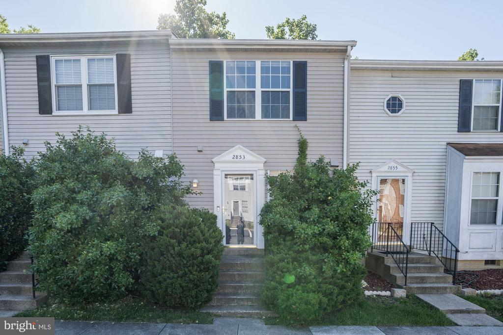 2853 Lester Lee Ct, Falls Church, VA 22042