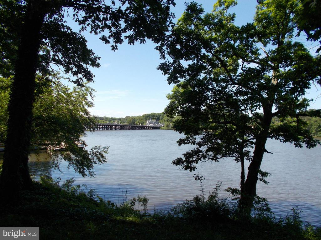 Serene water views over Cabin Creek! Both lots for a total acreage of 2.18+/- acres can be purchased for $299,000.