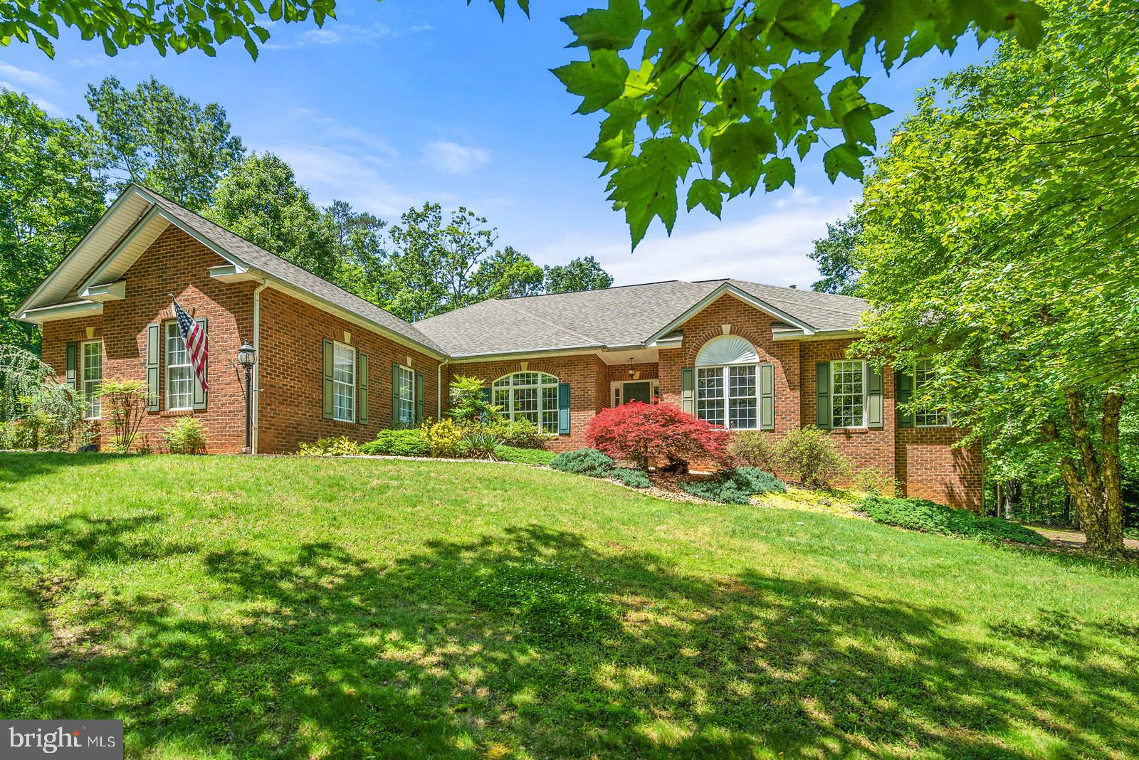 6134 WALKER'S HOLLOW WAY, LOCUST GROVE, VA 22508