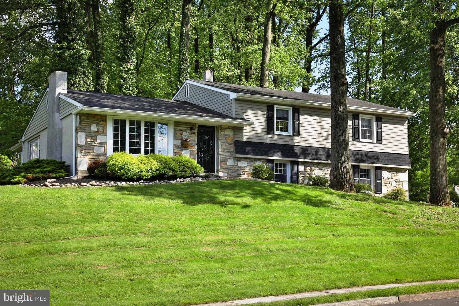 147 DEER RUN ROAD, WILLOW GROVE, PA 19090