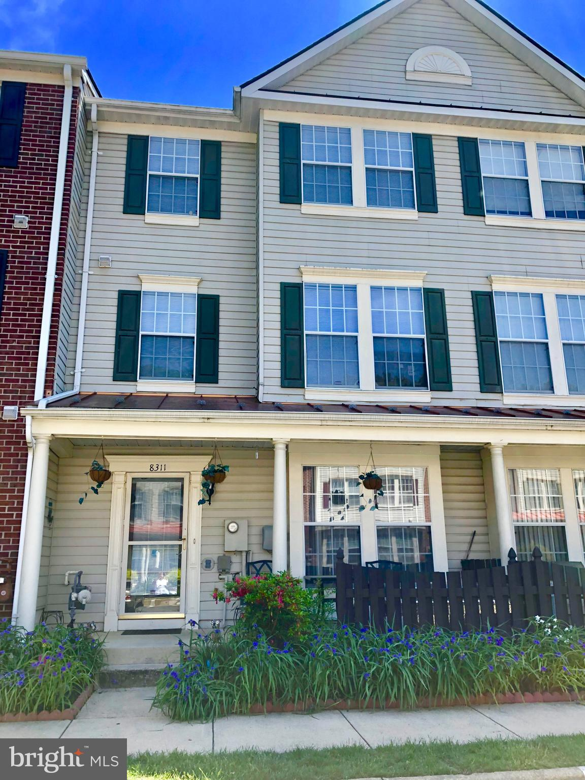 Beautiful and very spacious townhouse condo in Lorton area. 3 bedrooms and 2 1/2 bathrooms in 3 levels. Attic storage. 2 assigned parking spaces plus visitors. Close to major routes. Condo fee includes water, trash removal, snow removal, green areas maintenance, pool, fitness center, party room.