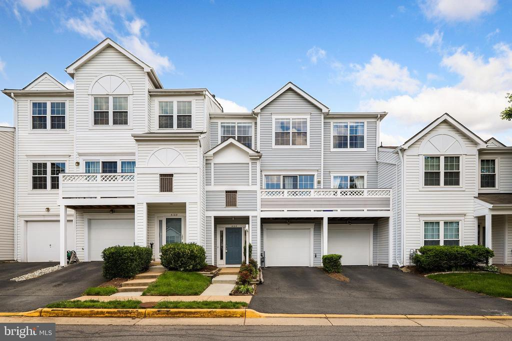 5105 Castle Harbor Way #99, Centreville, VA 20120