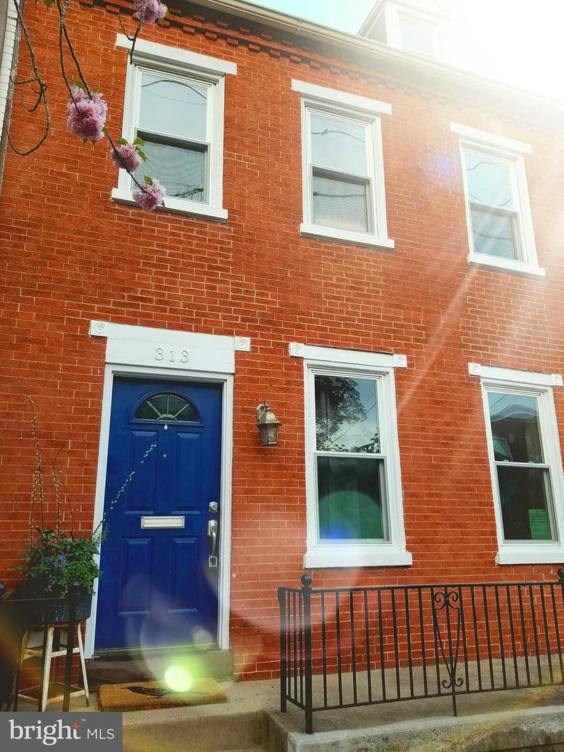 313 N Mulberry Street Lancaster , PA 17603