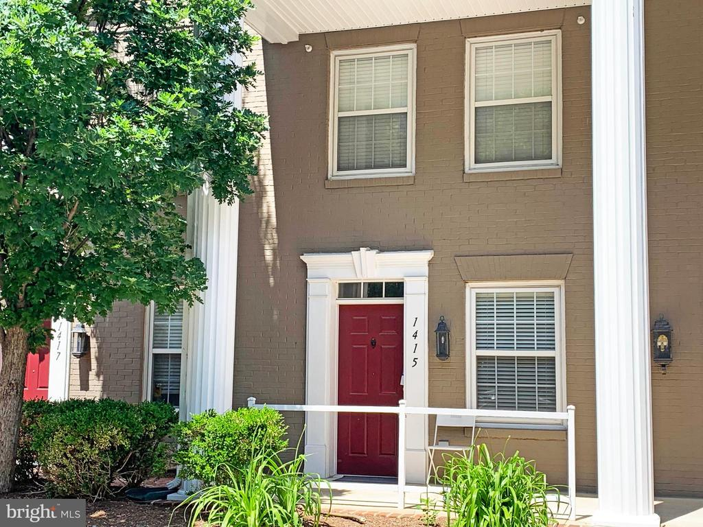 Call to see this sought-after private entry townhome w/main level wood floors, gas fireplace, open kitchen, carpeted bedrooms, great built-ins and storage as well as an enclosed patio for grilling. Enjoy all the amenities of Old Town Village that include pool, fitness center, party room, tot lot/playground and wonderful neighbors while parking in your reserved/assigned parking spot #122.  Shop at Whole Foods, dine in King Street restaurants, enjoy nearby public transportation!  An ideal turn-key opportunity!  Additional parking space possible with Board approval.