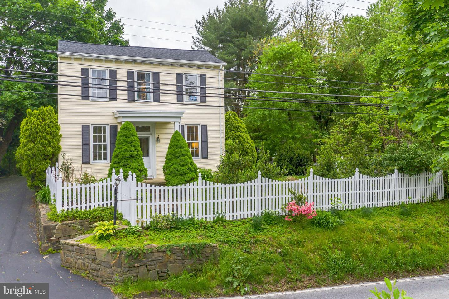 1426 W Strasburg Road West Chester, PA 19382