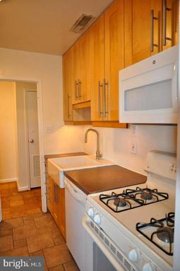 6001 Arlington Blvd #812, Falls Church 22044