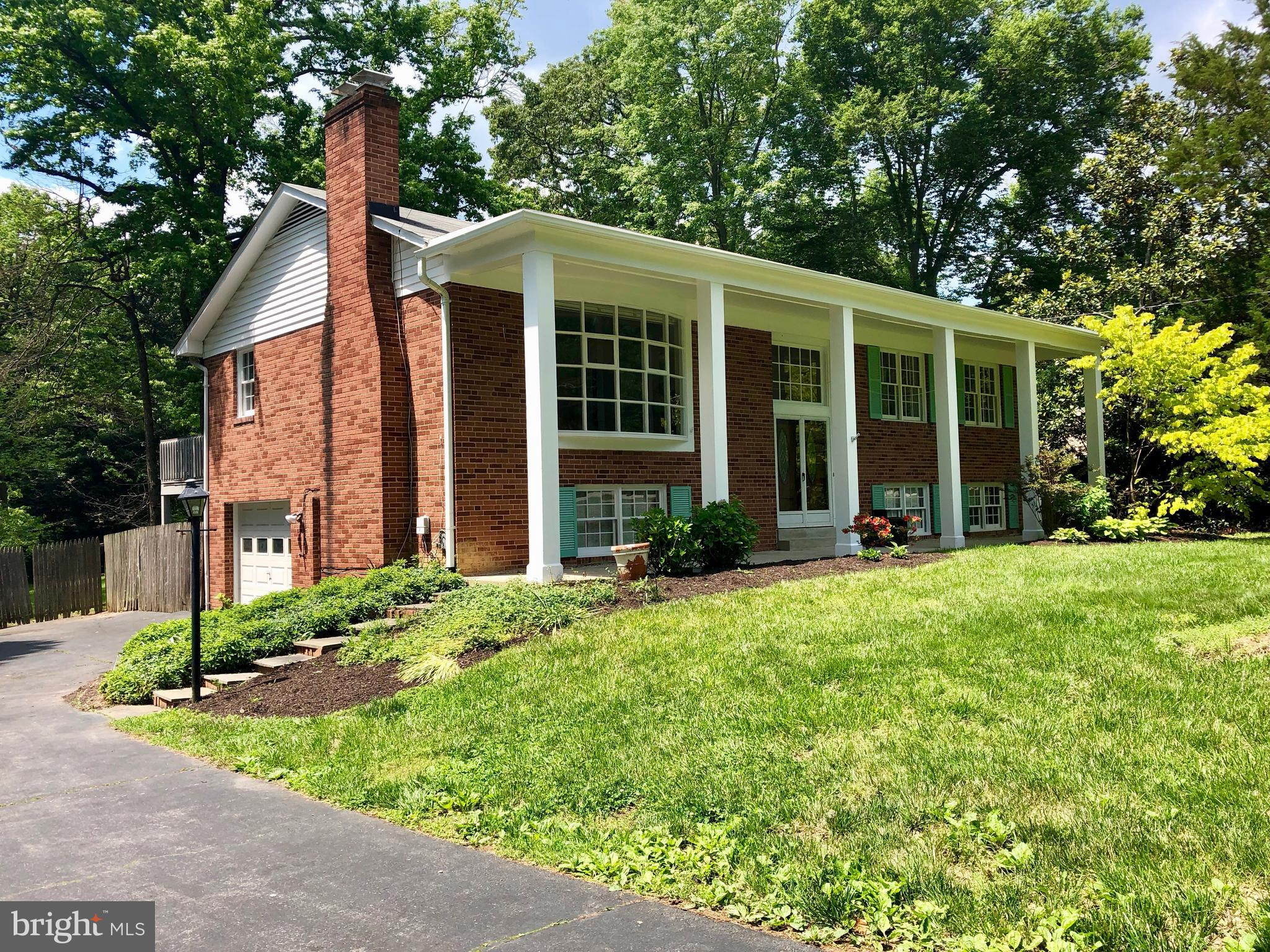 Spacious home is set on spectacular 3/4 acres overlooking Mt Vernon Estate grounds. Open floor plan, updated kitchen, master bedroom suite with walk-in closet, terrific lower level family room, recessed lights, hardwood floors, 2 fireplaces, garage. Incredible yard is your own private oasis..pool, patio, deck, plus a detached office/studio with heat/AC, tile floors & exposed beams. No pets, please.