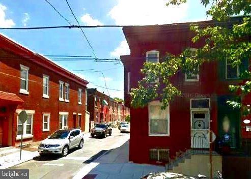 1017 S 25TH Street Philadelphia, PA 19146