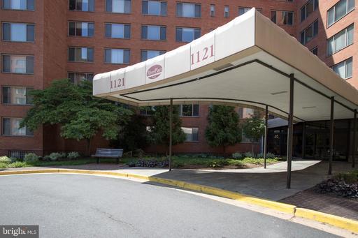 1121 Arlington Blvd #210, Arlington, VA 22209