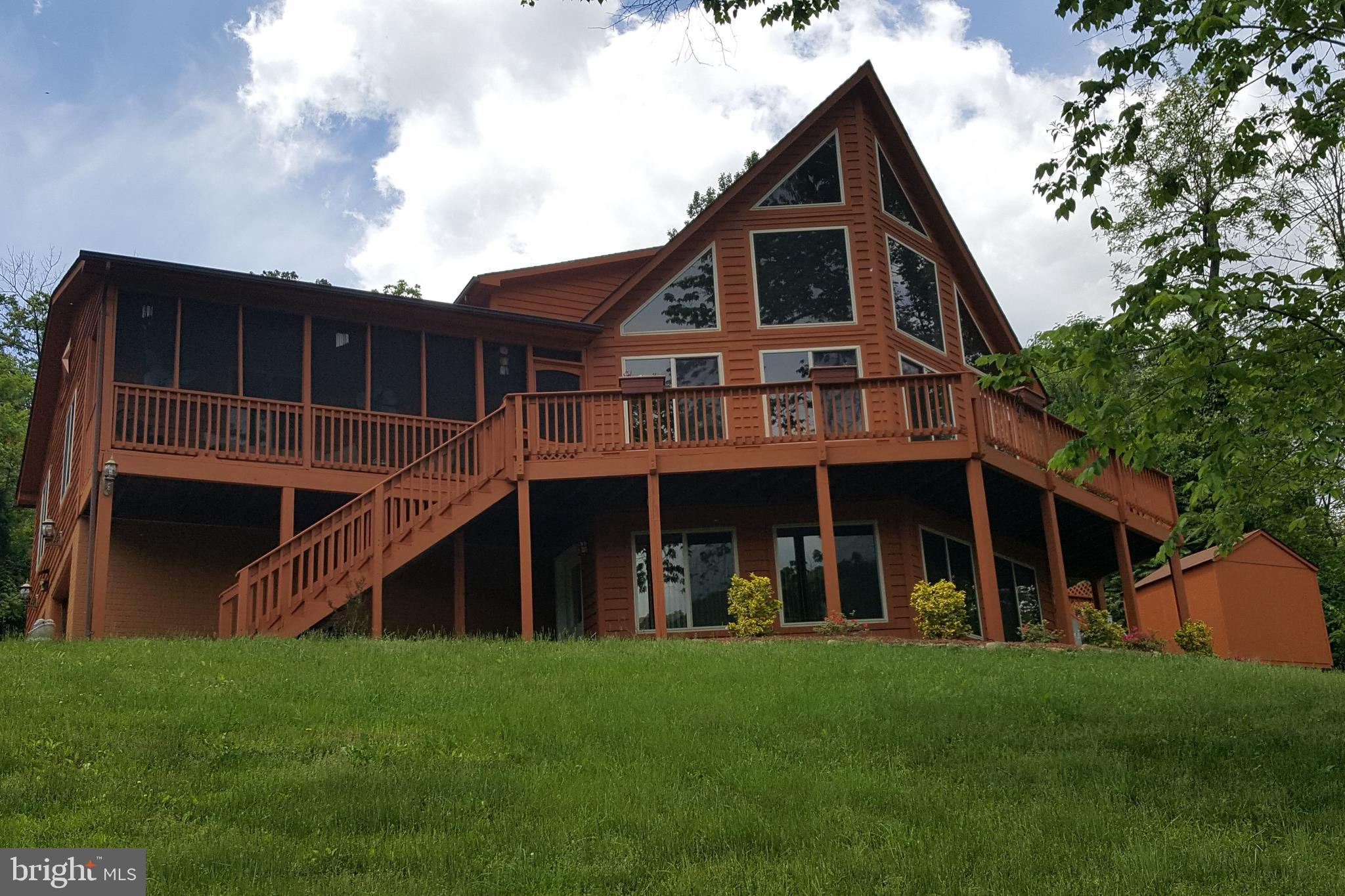 2111 BUCK MOUNTAIN ROAD, BENTONVILLE, VA 22610