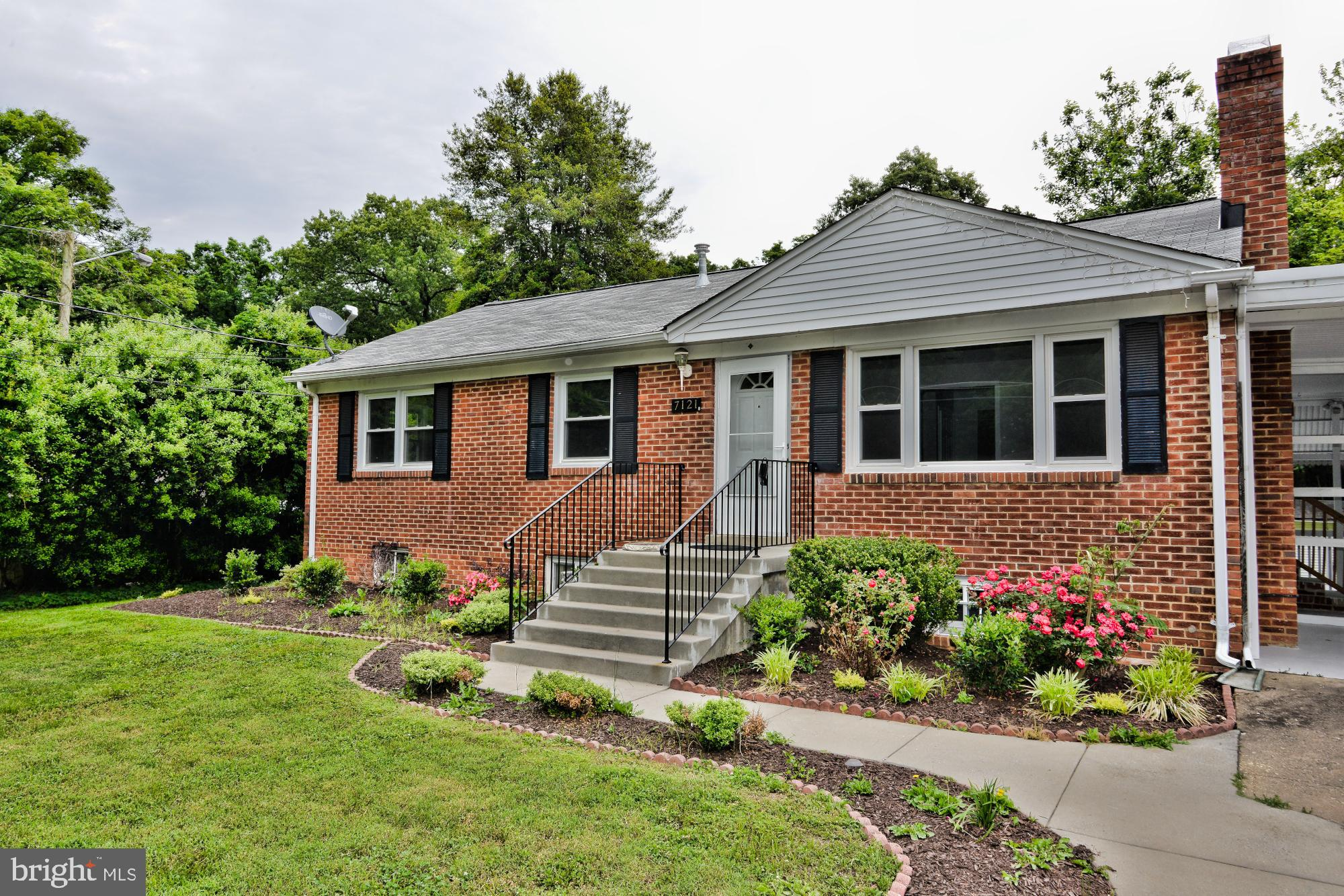 LOCATION, LOCATION, LOCATION! Close to Metro, Springfield Town Center and mayor highways. Large Master Suite, separate dining room, big finished space in lower level includes full bathroom, 2 bedrooms, Den/study ,and lots of storage spaces, vaulted ceilings, screened porch,2 level deck,fenced deep level rear yard,storage sheds, and easy quick commutes. This home will surprise you! Many updates!