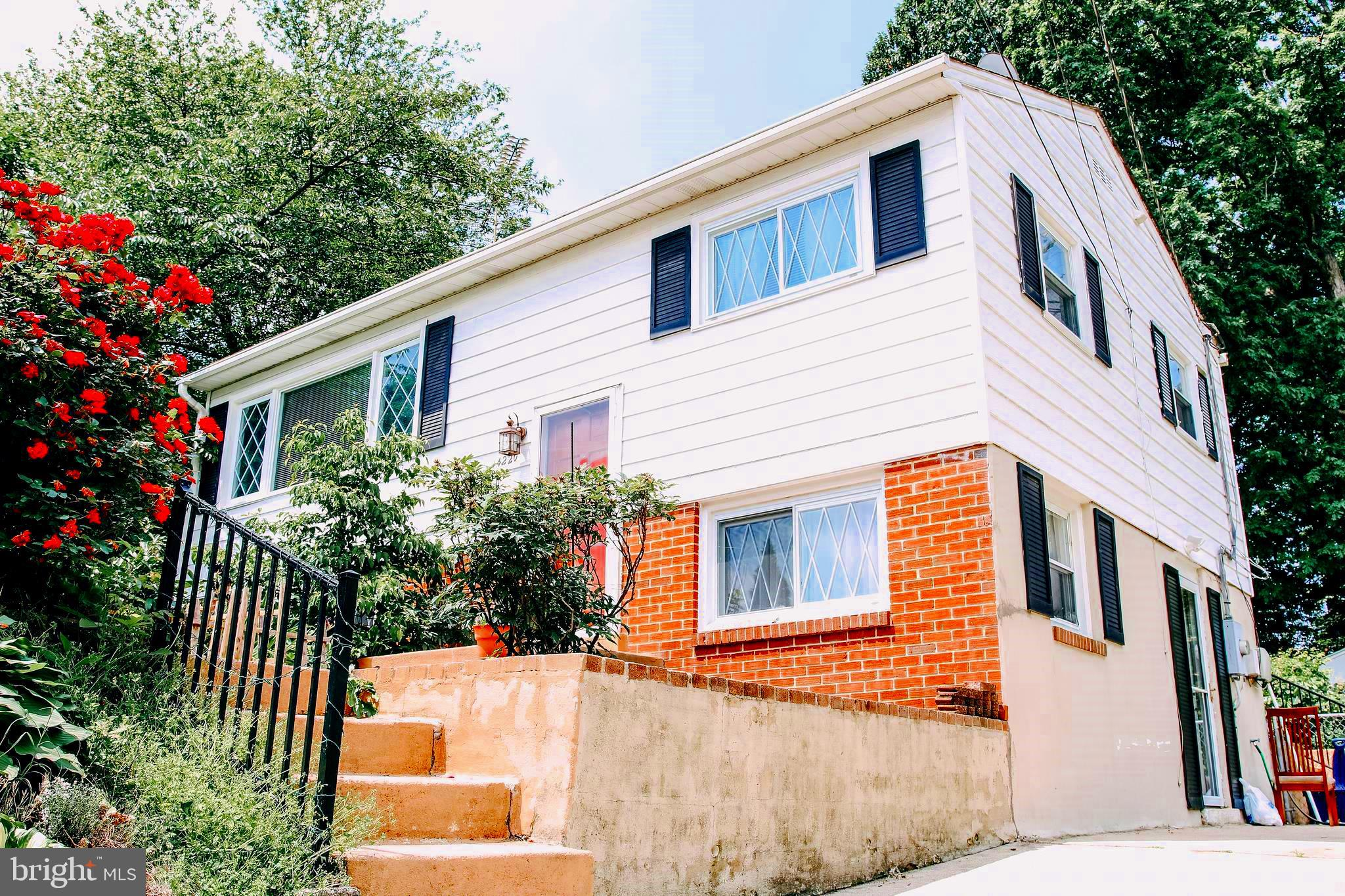 You'll LOVE this charming 3 bedroom, 2 full bath starter or retirement home! The chef will appreciate the remodeled kitchen featuring beautiful upgraded quartz countertops and backsplash, some newer appliances and easy maintenance ceramic tile floors which are throughout the entire main level too! The second floor retains the rich beauty of hardwood oak floors along with a great traditional floor plan. This home is located within a superb commuter area convenient to shopping, restaurants, Occoquan Bay Wildlife Refuge, Veteran's Park and Marumsco Acres Lake. Please stay posted for pictures coming soon of the spacious fenced backyard with fruit trees, flowers, patio and a shed too! Its a gardener's delight! Welcome Home!