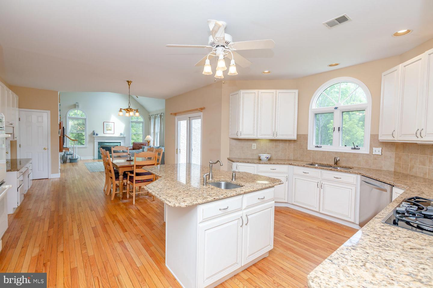 7 Stoney End Road Broomall, PA 19008