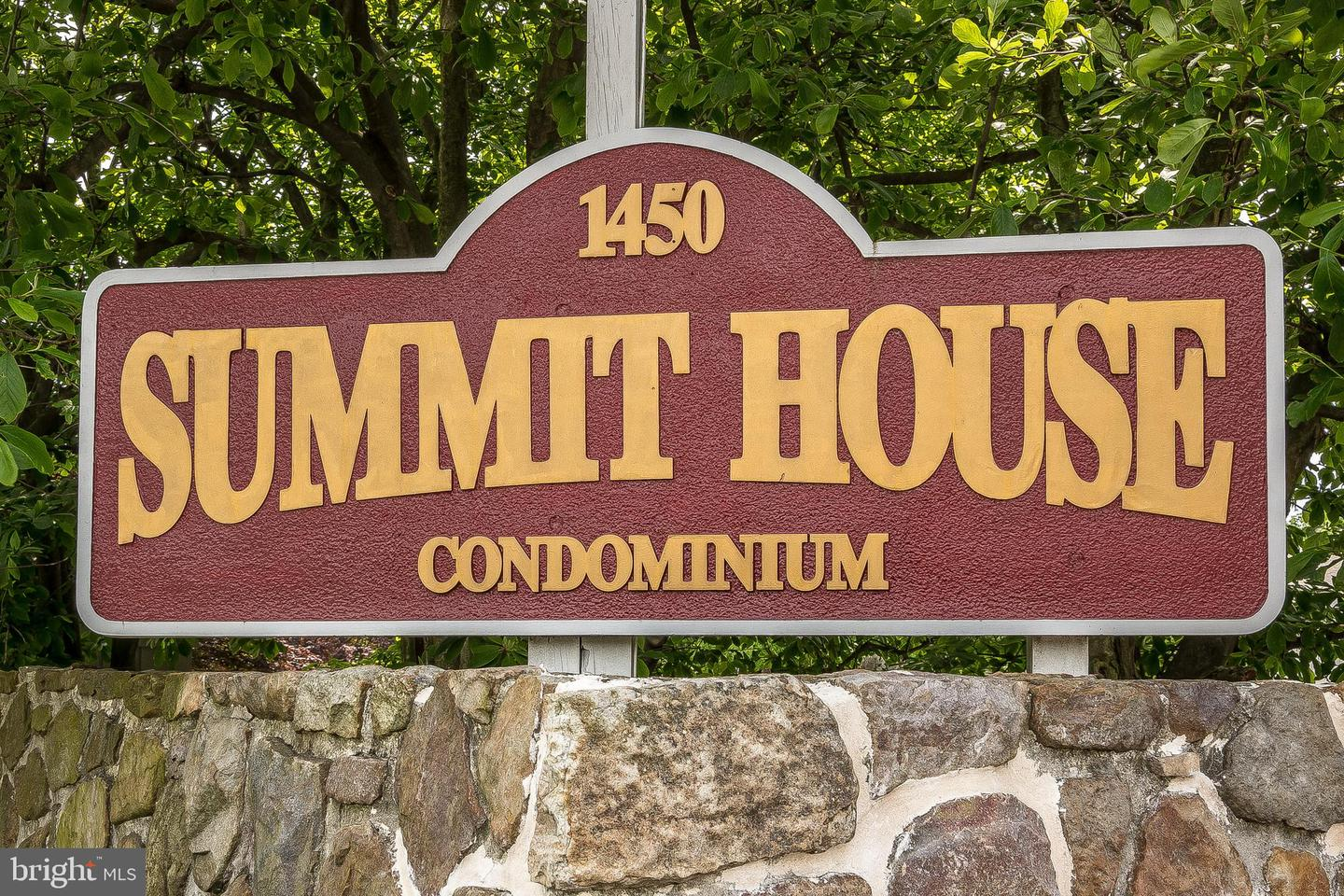 239 Summit House West Chester, PA 19382