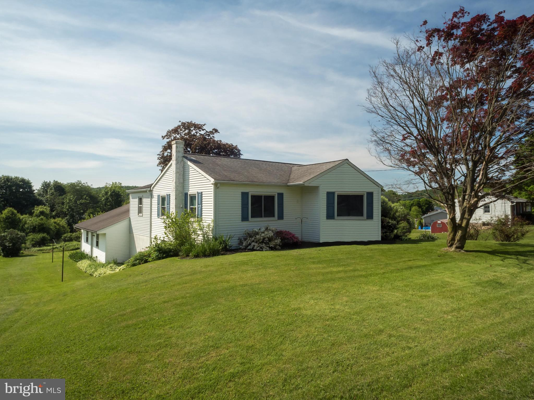 2045 OLD ROUTE 100, BECHTELSVILLE, PA 19505