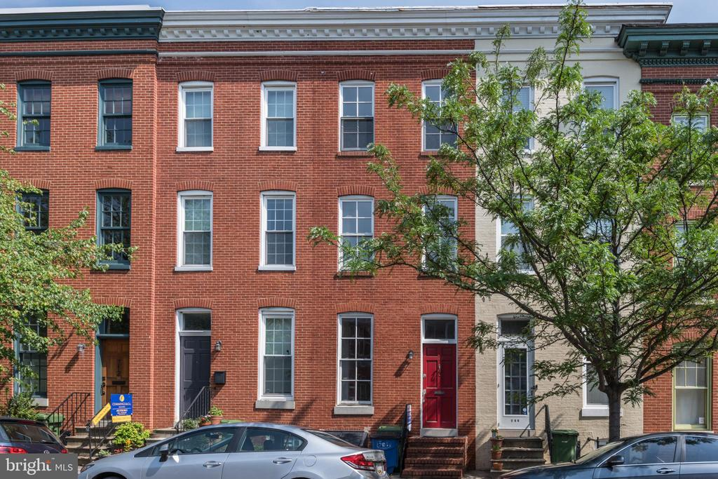 Beautiful Historic Home with Modern Kitchen and Baths. Great Lay out and BIG Bedrooms. Upper Living area too.