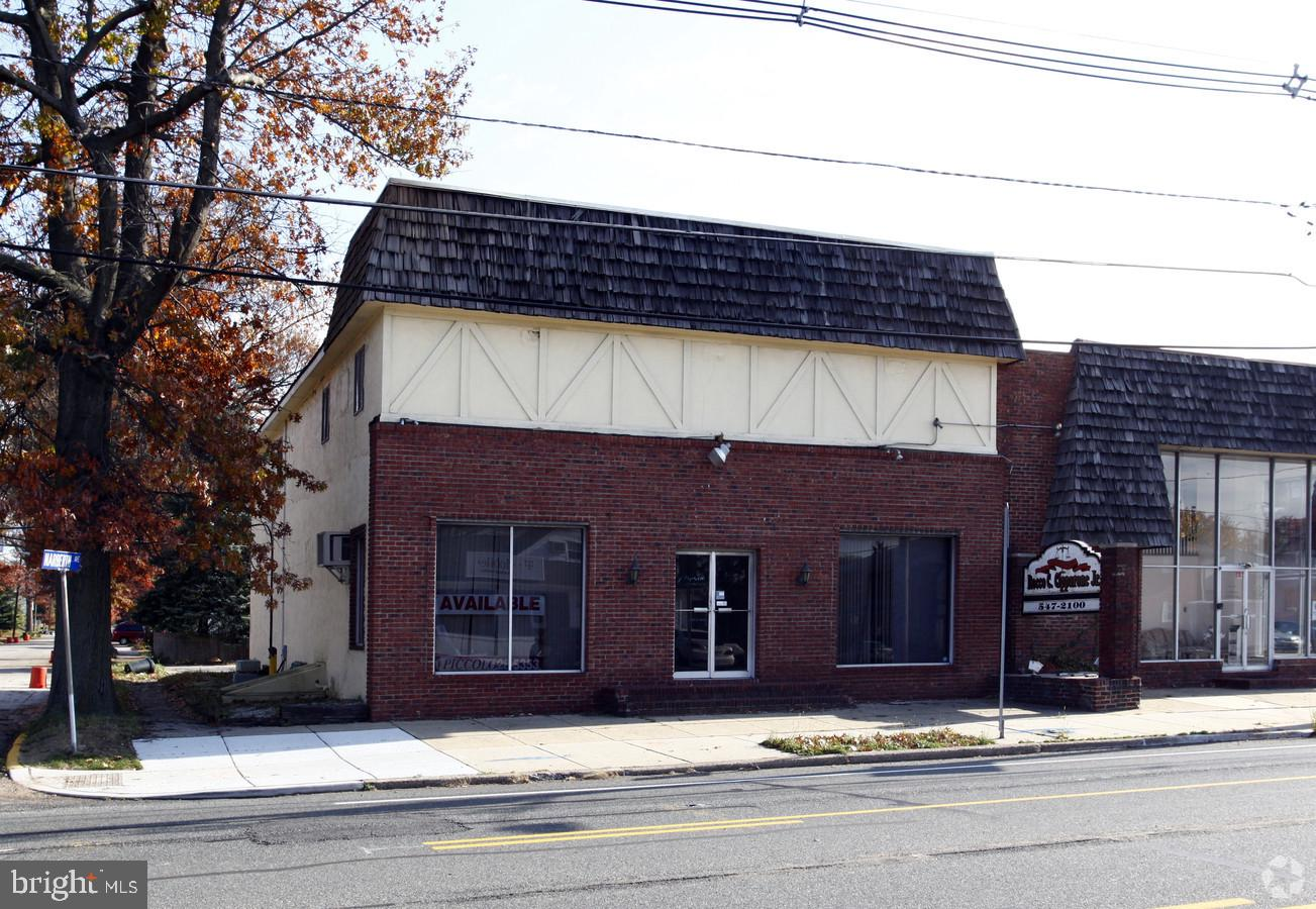 205 BLACK HORSE PIKE, HADDON HEIGHTS, NJ 08035