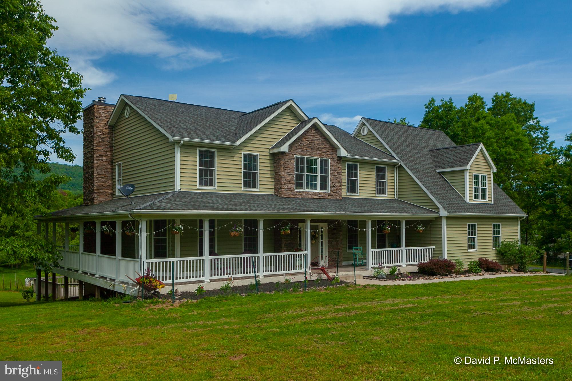 333 TURQUOISE DRIVE, HEDGESVILLE, WV 25427