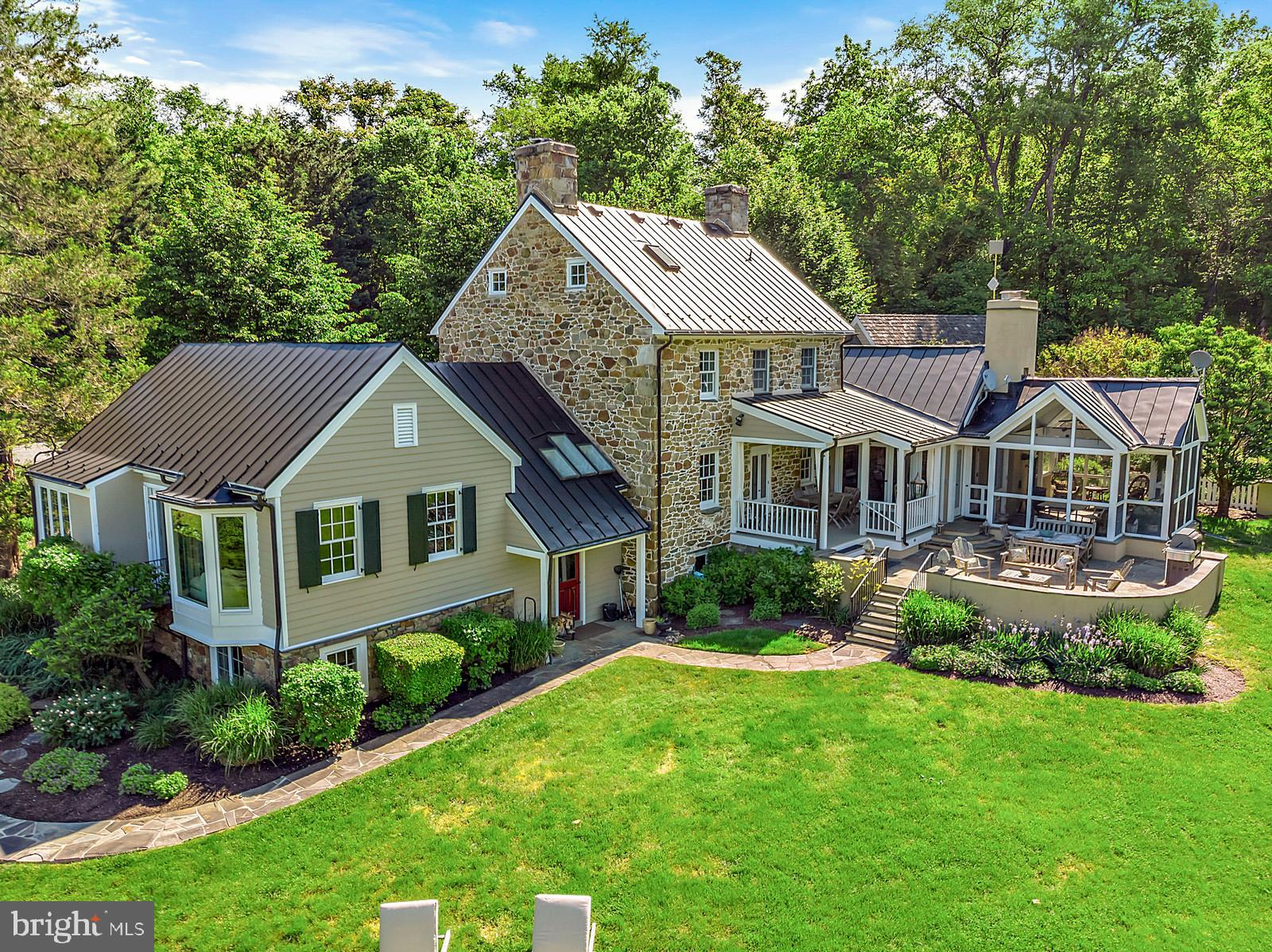 39455 DIGGES VALLEY ROAD, HAMILTON, VA 20158
