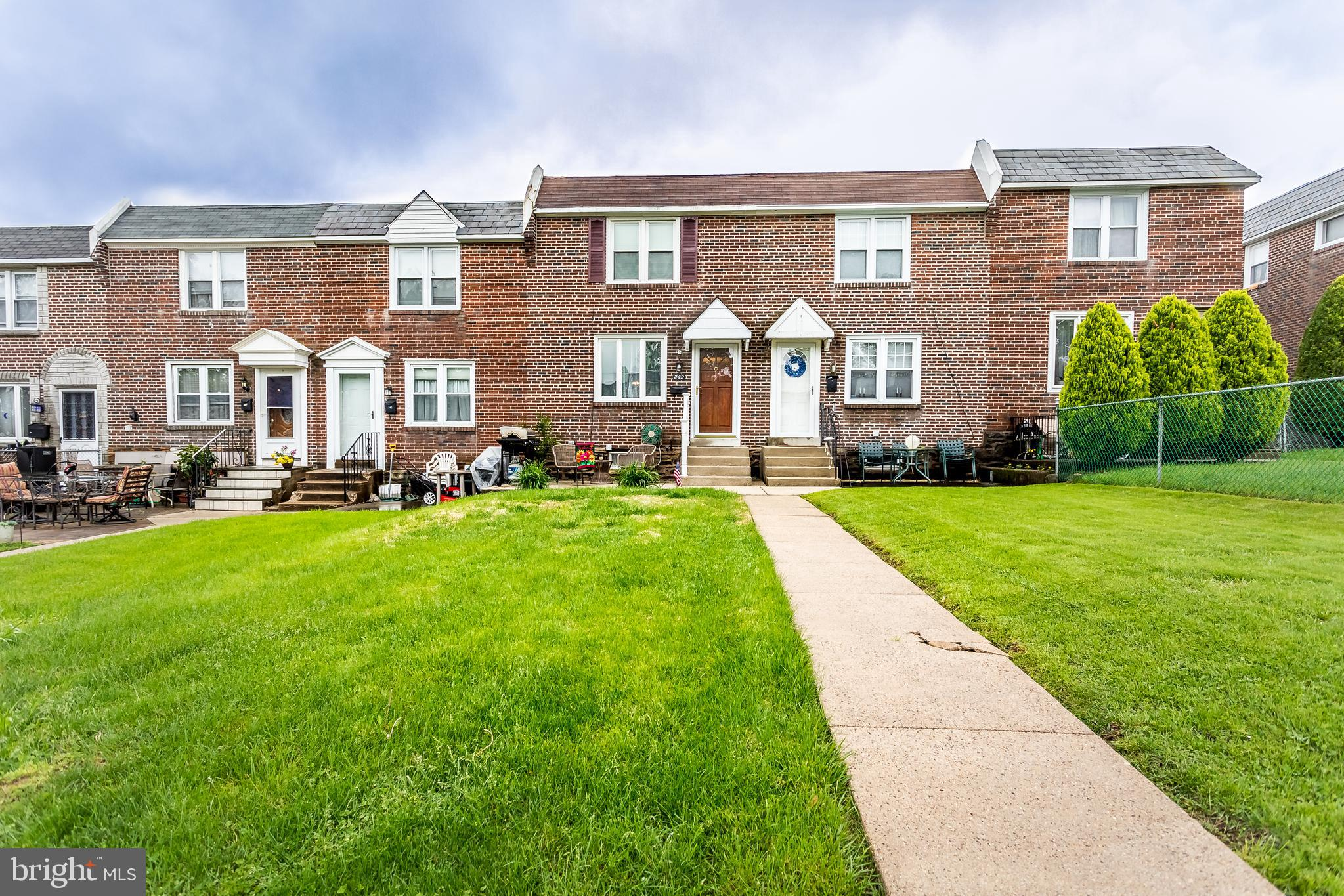 242 CRESTWOOD DRIVE, CLIFTON HEIGHTS, PA 19018