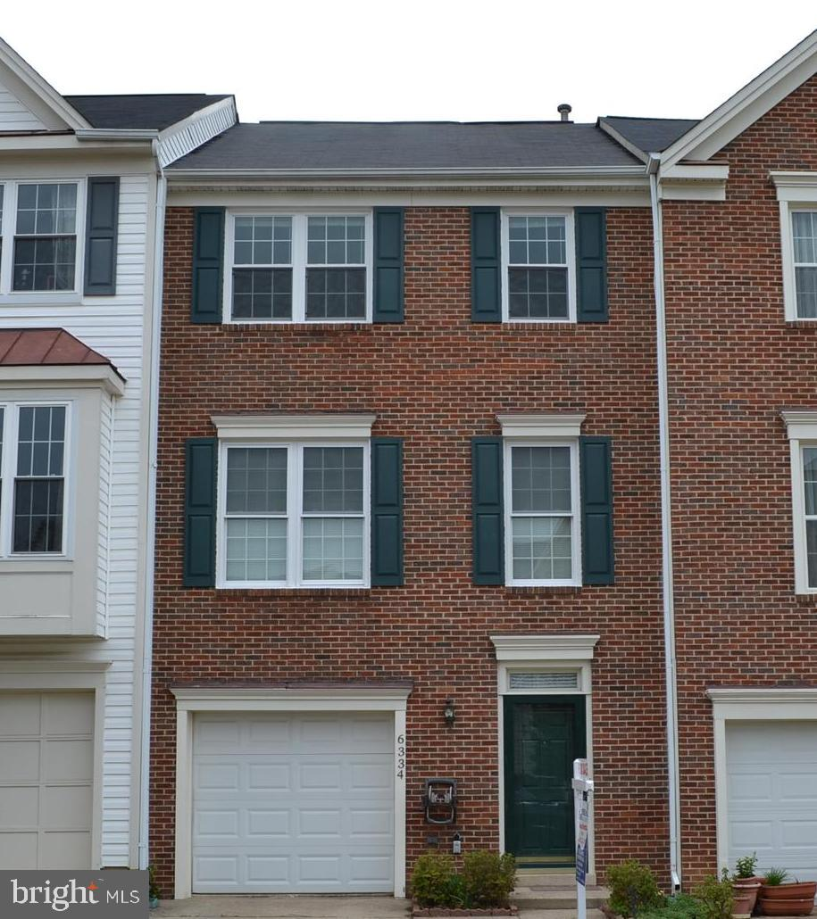 Brand New Roof, Spacious garage townhome close to everything! This home features 3 bedrooms, 2 full bathrooms and 2 half baths. Come fall in love with the gleaming hardwood floors, fresh paint. Shuttle nearby to Franconia/Springfield Metro Station. Easy access to many commuting routes at the Mixing Bowl, 95/395/495, near the Springfield Town Center and Kingstowne for an exceptional and convenient shopping and dining experience. Many community HOA amenities include tennis courts, tot lot, paths and a pool.