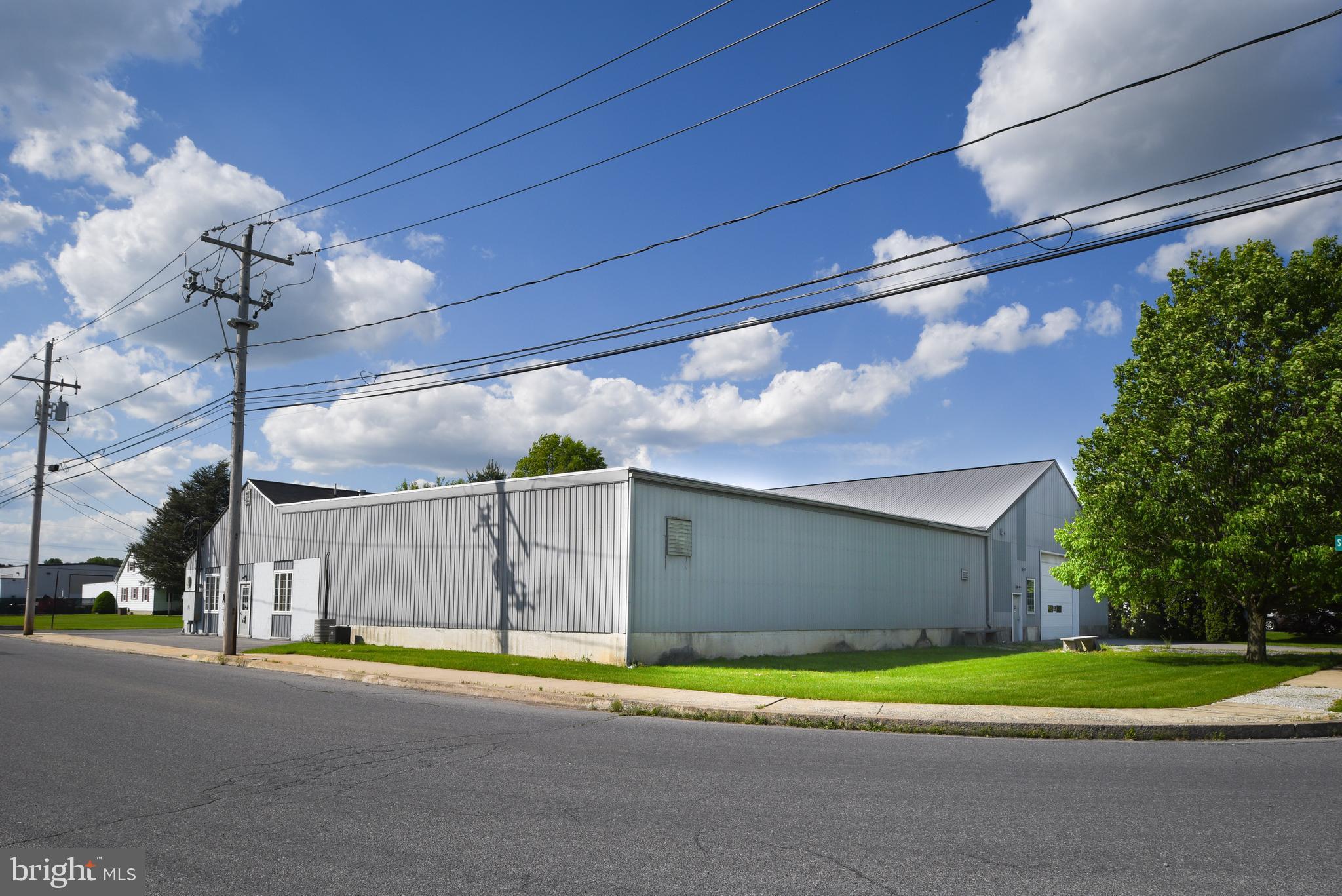 220 S MAPLE STREET, KUTZTOWN, PA 19530