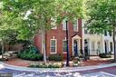 1711 Potomac Greens Dr