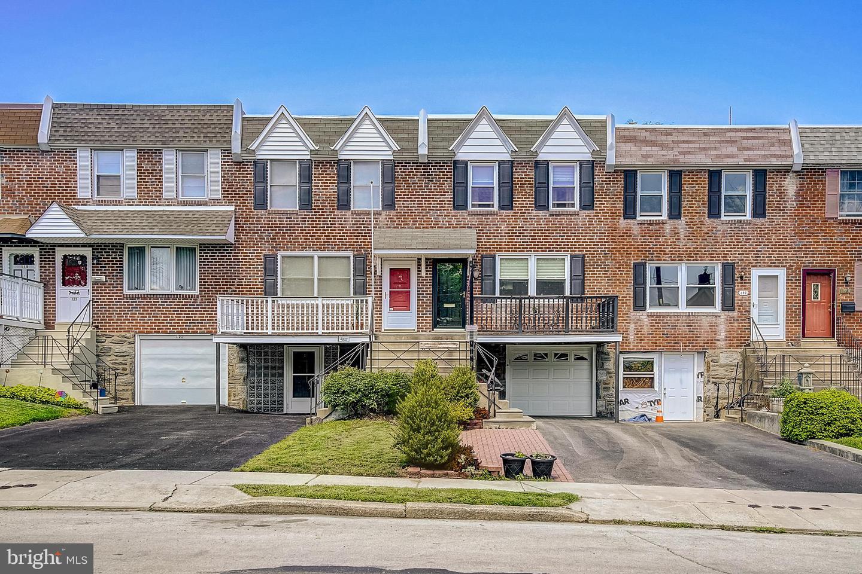 125 E Hartwell Lane Philadelphia, PA 19118
