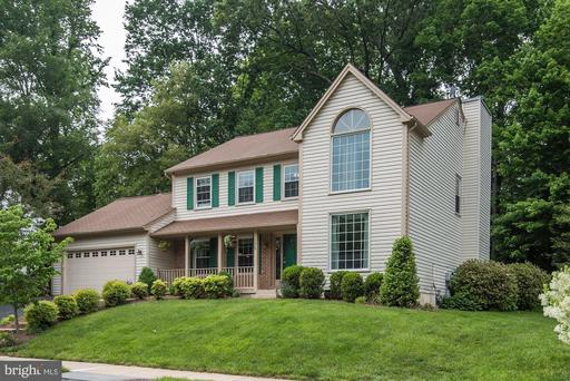 7908 Oak Hollow Ln, Fairfax Station, VA 22039