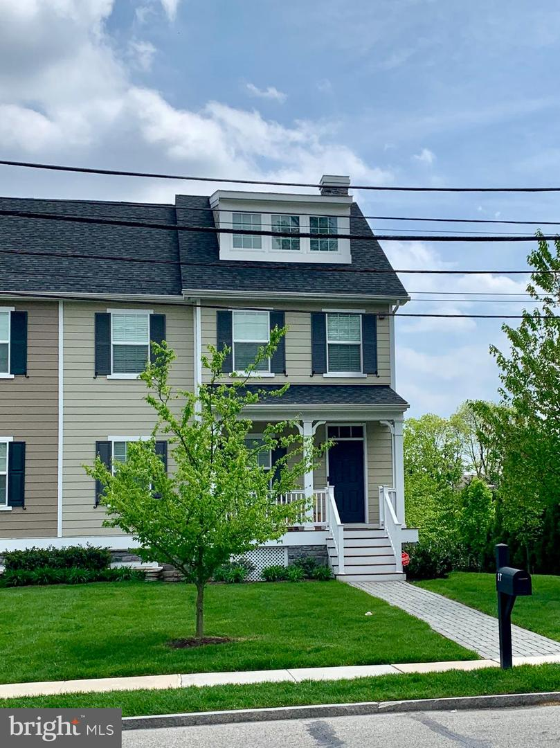 17 S Wyoming Avenue Ardmore, PA 19003