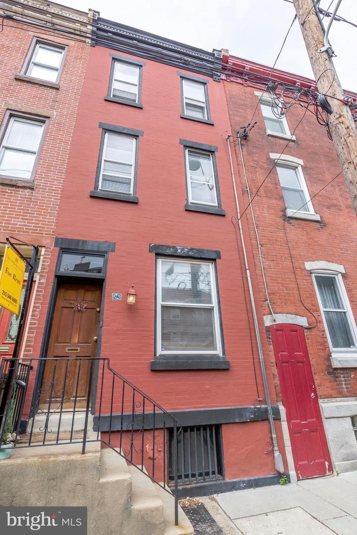 972 N Randolph Street Philadelphia, PA 19123