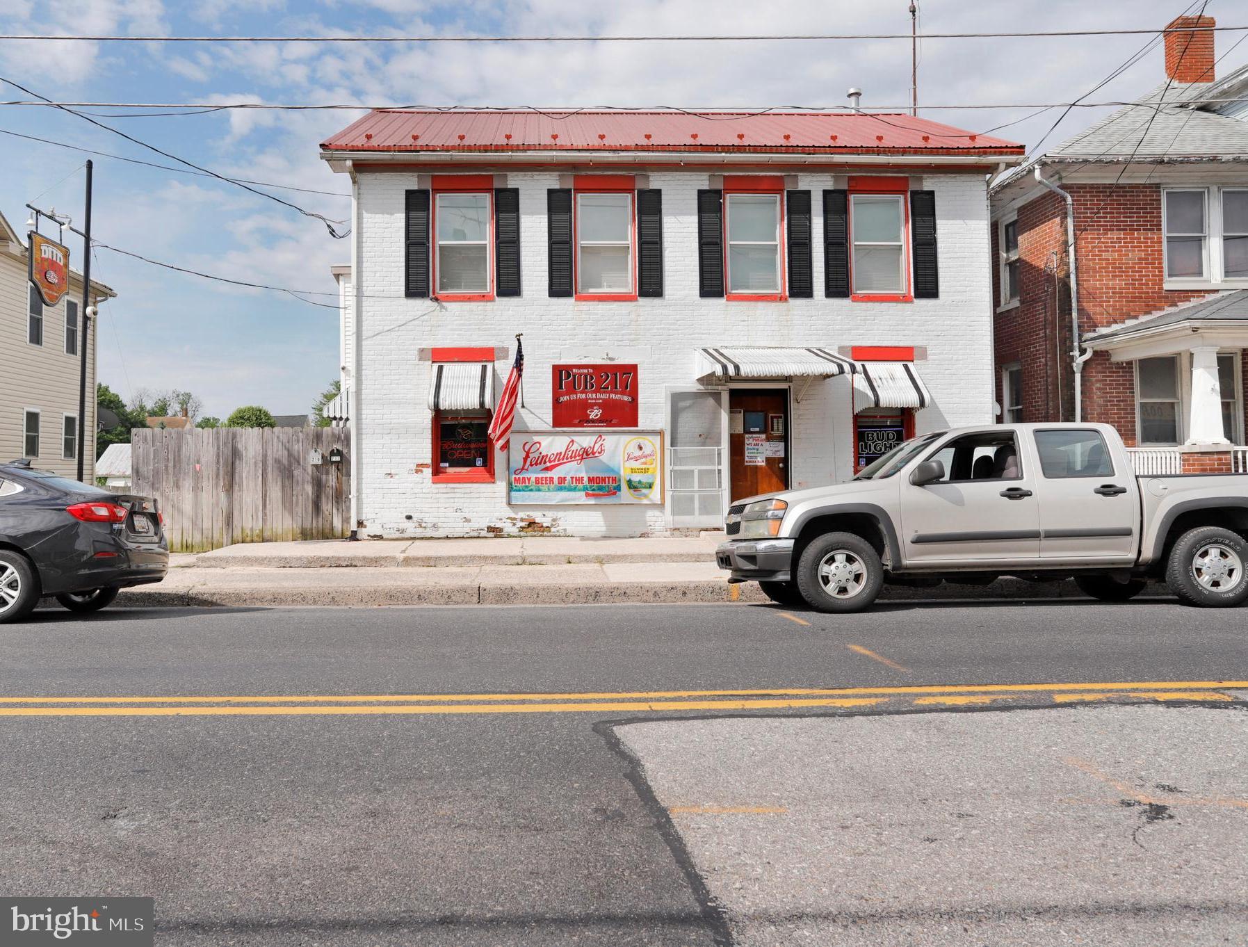 217 S QUEEN STREET, LITTLESTOWN, PA 17340