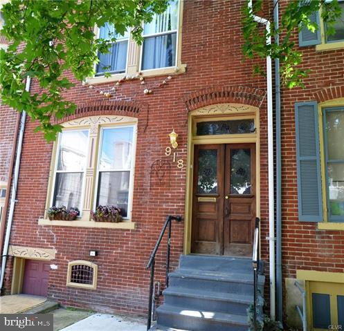 918 W GORDON STREET, ALLENTOWN, PA 18102